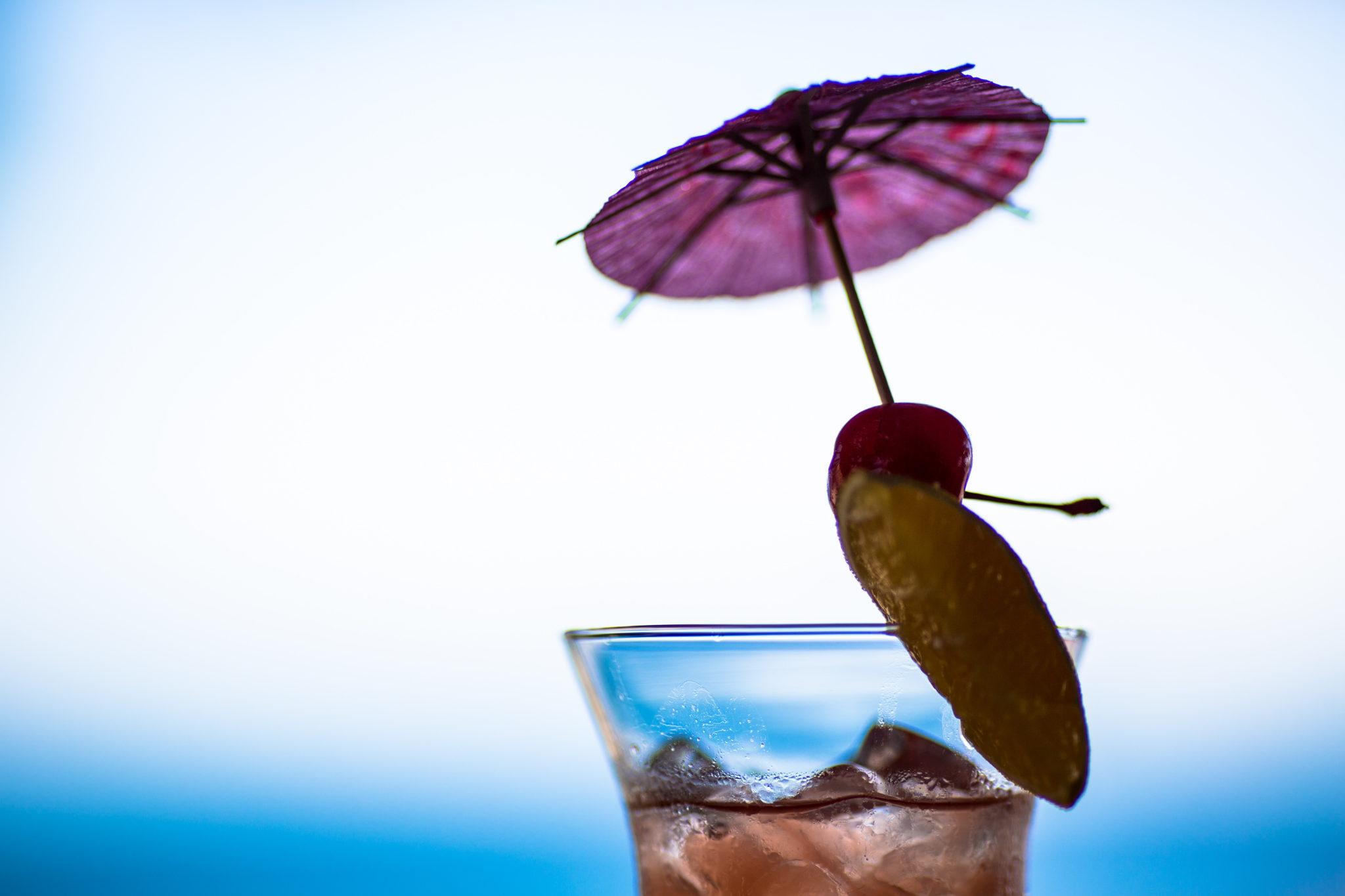 Cocktails in Moulin Sur Mer